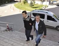 Cezaevi Firarisi Kanepe İçerisinde Yakalandı