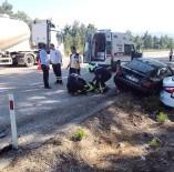 KıRıM - Denizli'de Otomobiller Çarpıştı Açıklaması 2'Si Ağır, 4 Yaralı