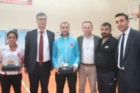 Diyarbakır'daki Spor Kulüplerine Malzeme Verildi