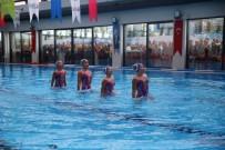 YÜZME HAVUZU - Kadıköy'de Yüzme Havuzu Ve Spor Merkezi Açıldı
