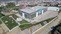 YOĞUN MESAİ - Spor Salonunun Çevresine Estetik Dokunuş