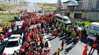 ZEKERIYA GÜNEY - Talas'ta Vatandaşlar Mevlana Mahallesi'ni Temizledi