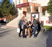 APARTMAN YÖNETİCİSİ - Tokalı Kadın Hırsızlar Tutuklandı
