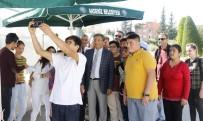ÖĞRETMENLER - Akdeniz Belediyesi'nden Zihinsel Engelli Çocuklara Fidan Dikim Eğitimi