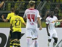 KIRMIZI KART - Borussia Dortmund ilk yenilgisini aldı