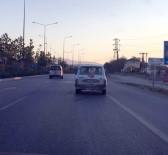 PAMUKKALE - Dalgın Sürücü LPG Tabancasını Koparınca Sosyal Medyada Olay Oldu