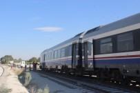 YOLCU TRENİ - Denizli Sarayköy'de Yolcu Treni Raydan Çıktı
