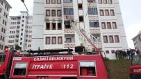 MUSTAFA DEMIR - Düzce'de Yangında Baba Ve 3 Çocuğu Dumandan Etkilendi
