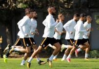 METİN OKTAY - Galatasaray, Derbi Hazırlıklarına Başladı