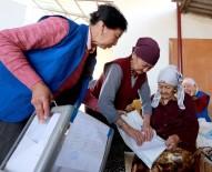 RUSYA FEDERASYONU - Kırgız Seçmenler Cumhurbaşkanlığı Seçimi İçin Sandık Başında