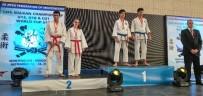 MİLLİ SPORCU - Küçük Sporculardan Büyük Başarı