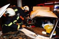Paramparça Olan Otomobilden Sağ Çıktılar