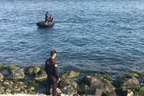 ŞANS OYUNU - Samatya Sahilinde Ceset Bulundu