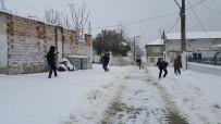 DOĞU ANADOLU - Ardahan'da Kar Yolları Kapattı