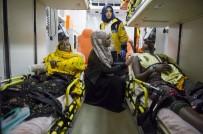 UÇAK YOLCULUĞU - Başbakan Yardımcısı Akdağ Açıklaması '35 Yaralı Var, 13'Ü Ağır Yaralı'