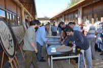 FEN EDEBİYAT FAKÜLTESİ - Camileri Süsleyecek Olan Hüsn-İ Hat Tezyin Eserleri Göz Doldurdu