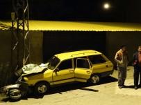 ELEKTRİK DİREĞİ - Domaniç'te Trafik Kazası Açıklaması 1 Ölü, 3 Yaralı