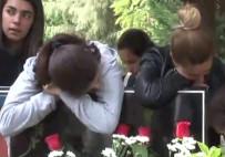 LİSE ÖĞRENCİSİ - Helin'in Mezarı Başında Duygu Seli