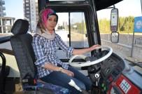 'Kadından Şoför Olmaz' Algısını Yıkmak İçin E Sınıfı Ehliyeti Aldı