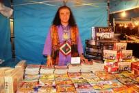 MUSTAFA KEMAL ATATÜRK - Kitap Festivali'nde Yazar Suat Turgut Okurlarıyla Buluştu