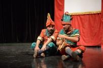 ADİLE NAŞİT - Yıldırım'da Tiyatro Perdesi Açıldı