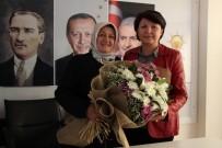 AK Parti Amasya Kadın Kolları'nda Görev Değişimi