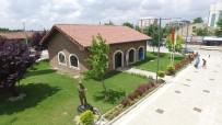 AHMET ATAÇ - Atila Özer Karikatürlü Ev, Eskişehirlilerin Uğrak Noktası Olmaya Devam Ediyor