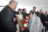 AHMET ARSLAN - Bakan Arslan Açıklaması 'BTK Demiryolu Hattında İlk Resmi Tren 30 Ekim'de Kars'a Gelecek'