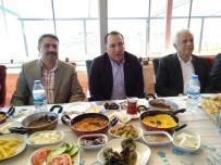 ABDURRAHMAN TOPRAK - Başkan Toprak İstişare Toplantısı Düzenledi