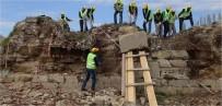CEPHANE - Bigalı Kalesi'nin Restorasyonu Devam Ediyor