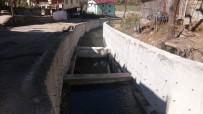ORMANLı - Borçka Dereleri DSİ Tarafından Islah Edildi
