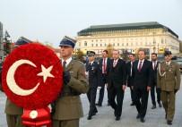 ENERJİ VE TABİİ KAYNAKLAR BAKANI - Cumhurbaşkanı Erdoğan, Varşova'da Meçhul Asker Anıtı'nı Ziyaret Etti