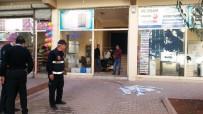 OKSIJEN - Gaziantep'te Oksijen Tüpü Patladı Açıklaması 2 Yaralı