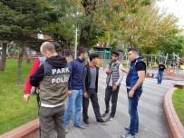 ŞAKIR YÜCEL KARAMAN - Güngören'de Parklar Daha Güvenli
