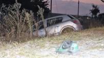 SAKARYA ÜNIVERSITESI - Otomobille Bisiklet Çarpıştı Açıklaması 1 Yaralı