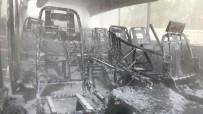 NURTEPE - Park Halindeki Midibüs Yandı