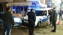 POLİS ARACI - Polis Ekiplerinin Yardımına Vatandaşlar Yetişti