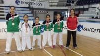 BRONZ MADALYA - Salihli Belediyesi Karate Takımı Manisa Şampiyonu Oldu