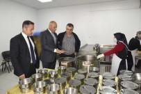 GÜNAY ÖZTÜRK - Tekkeköy'den Her Gün 120 Aileye Sıcak Yemek