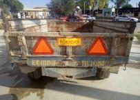 Uyarı Levhası Olmayan Traktör Trafiğe Çıkamayacak