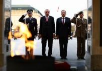 ENERJİ VE TABİİ KAYNAKLAR BAKANI - Varşova'da Meçhul Asker Anıtı'nı Ziyaret Etti