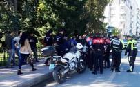 Yunus Ekibi Trafik Kazası Geçirdi Açıklaması 1 Polis Yaralı