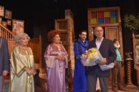 MEMDUH ŞEVKET ESENDAL - Ahududu Çorlulu Tiyatroseverlerle Buluştu