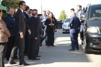 UZMAN ÇAVUŞ - Bakan Albayrak Şehit Evini Ziyaret Etti