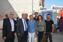 Başkan Özakcan, Hasan Efendi Mahallesi'ndeki Aşure Hayrına Katıldı