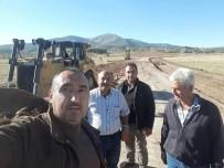HÜSEYIN YıLDıZ - Çavdarhisar'da Yol Ve Köprü Çalışmaları