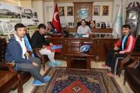 UYGUR TÜRKÜ - Doğu Türkistan İçin Adana'dan Ankara'ya Pedal Çeviriyorlar