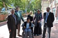 TEKERLEKLİ SANDALYE - Engelli Öğrenciye Akülü Tekerlekli Sandalye Verildi