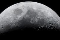 RADYASYON - Ay'da 50 kilometrelik mağara keşfedildi