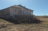 HASAR TESPİT - Karlıova'daki Fırtınanın Faturası 500 Bin TL